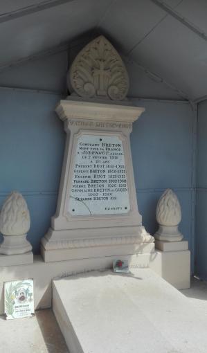 Breton constant auguste tombe
